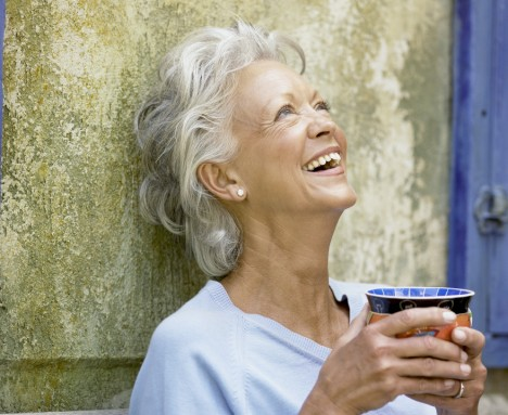 old-woman-laughing.jpg (468×383)