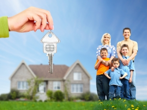 happy-family-sold-house.jpg